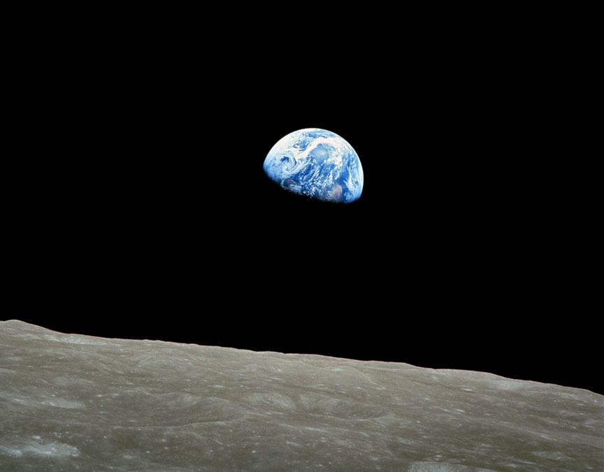 Earthrise-Dec24-1968-Anders-color